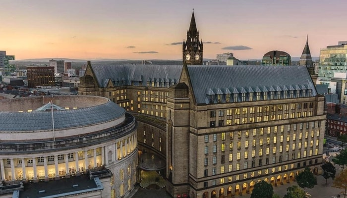 5 Reasons You Should Invest in Manchester